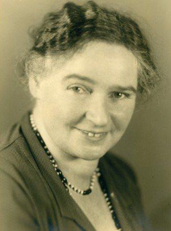 Portrait Dr. Berta Erlanger